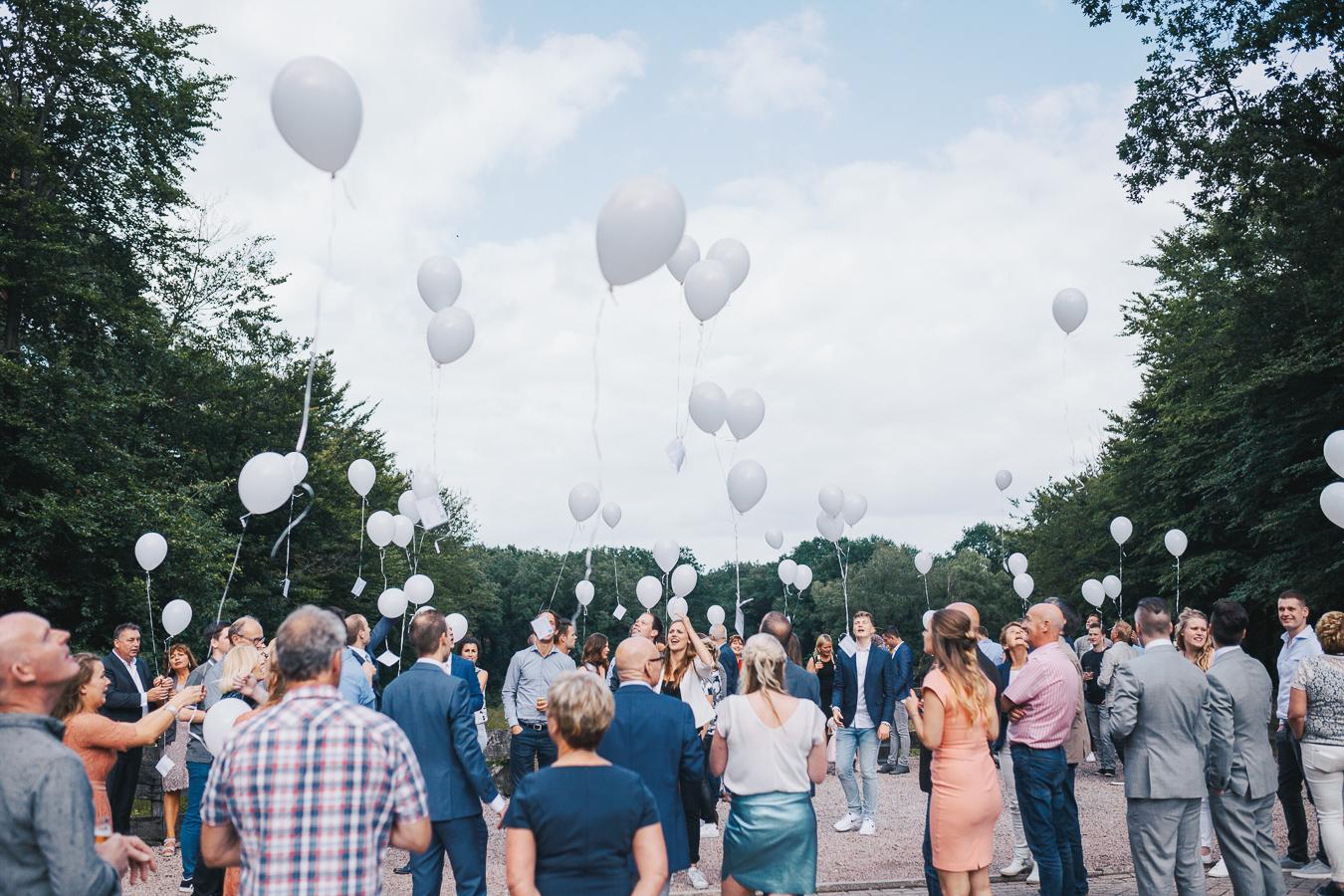 Bruidsfotograaf Apeldoorn Hellendoorn Twente de Uitkijk