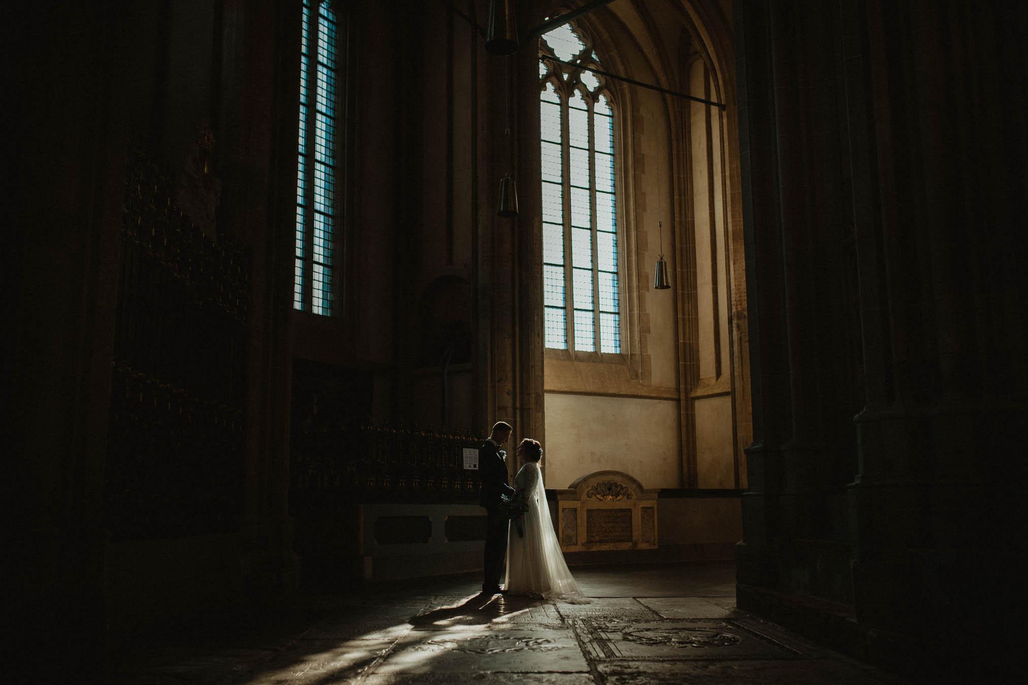 Trouwfoto's in de Bovenkerk in Kampen trouwfotografie door Ilse Stronks fotografie